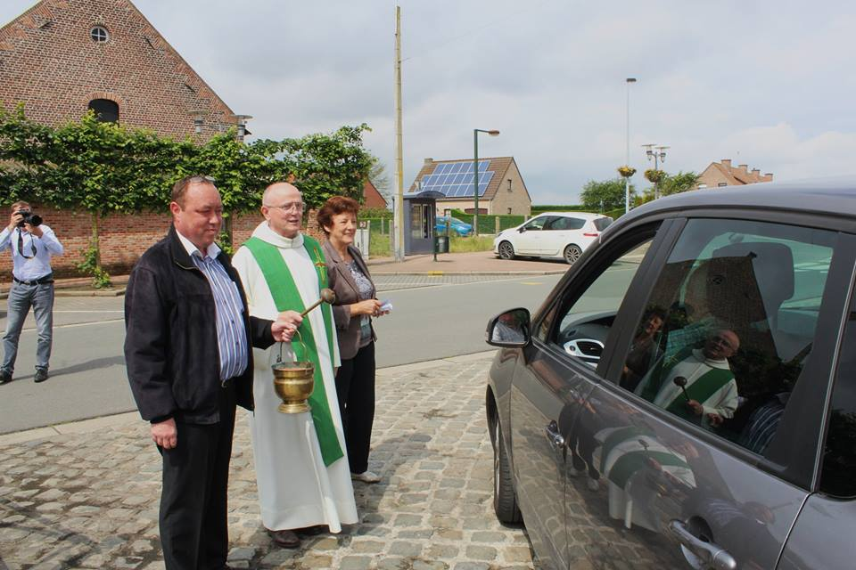 06 12 16 Bas Warneton Benediction usagers de la route 3