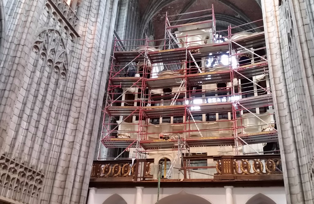Mons Restauration orgue Ste Waudru 1